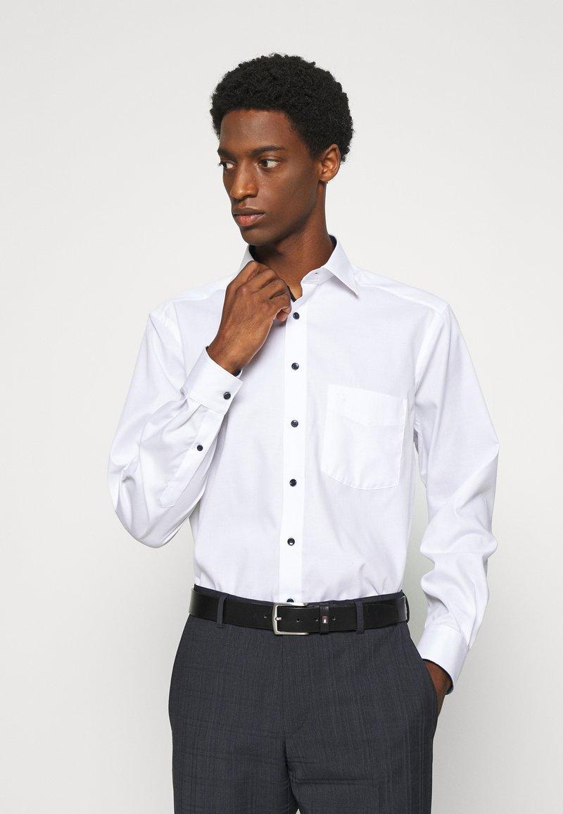 OLYMP Luxor - LUXOR  - Finskjorte - white