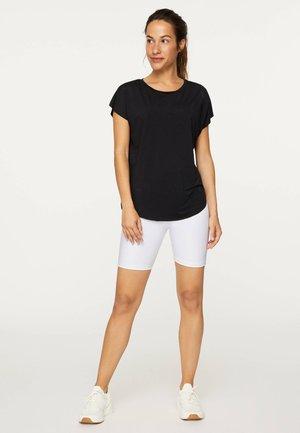 MIT LASER-CUT-OUT - Basic T-shirt - black