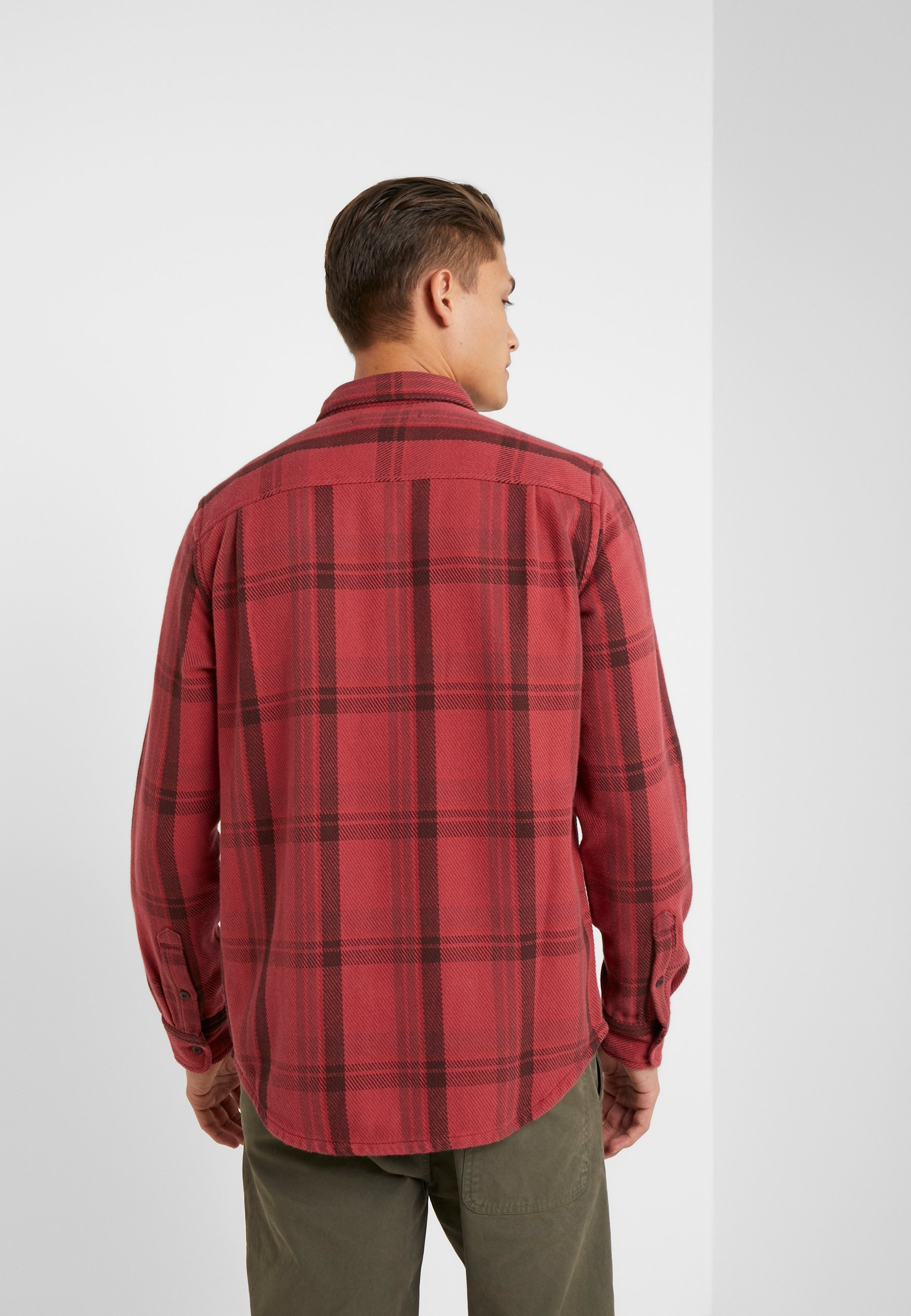 Outerknown BLANKET - Chemise - dusty red cusco