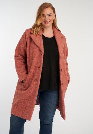JAS  - Short coat - pink