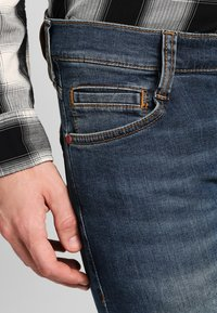 Mustang - OREGON TAPERED - Slim fit jeans - stone washed - 3