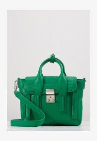 3.1 Phillip Lim - PASHLI MINI SATCHEL - Taška spříčným popruhem - kelly green - 1