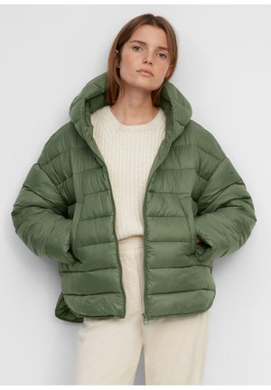 RECYCLED NO DOWN CAPE - Light jacket - fresh moss