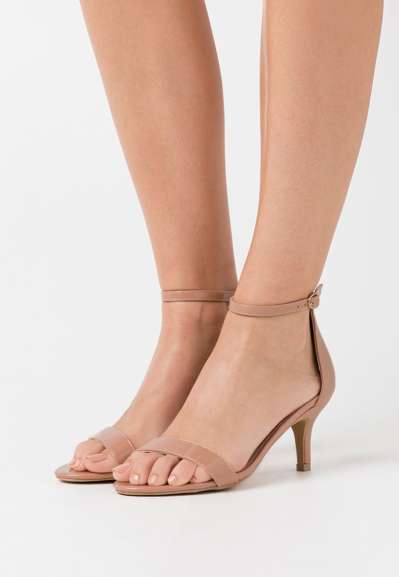 Glamorous Wide Fit - Sandály - nude