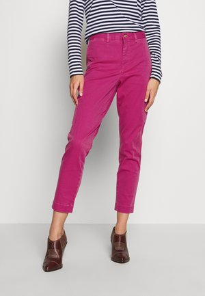 SLIM LEG PANT - Trousers - college pink