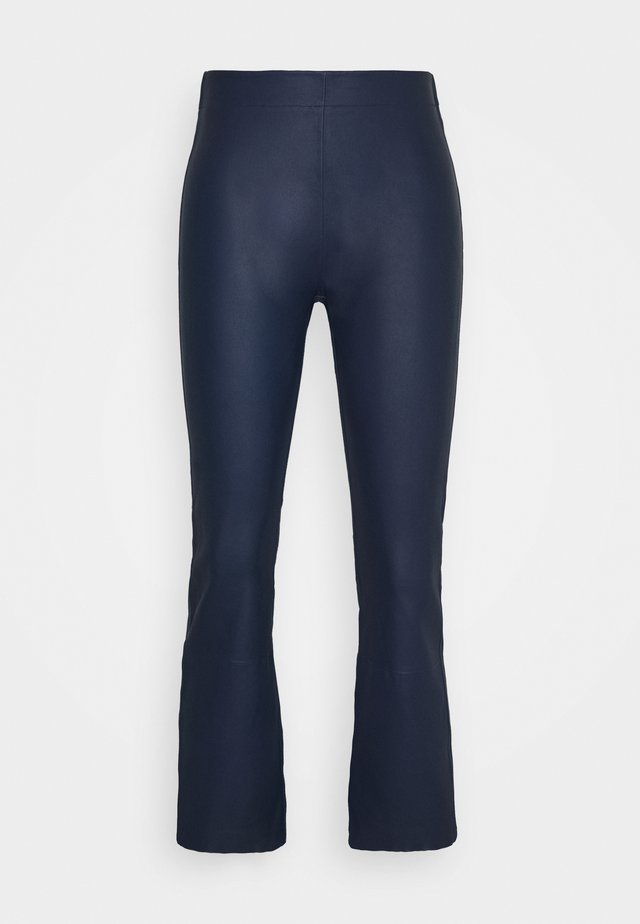 CEDAR PANT - Pantaloni di pelle - ink blue