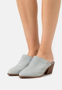 Musse & Cloud - HELEN - Pantofle na podpatku - blue sky - 0