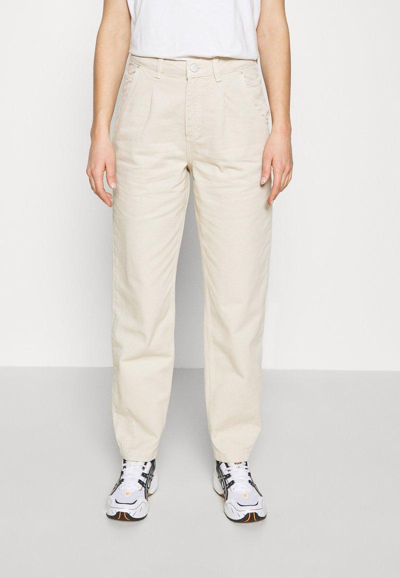 Envii - ENBRITTA JEANS  - Straight leg jeans - beige