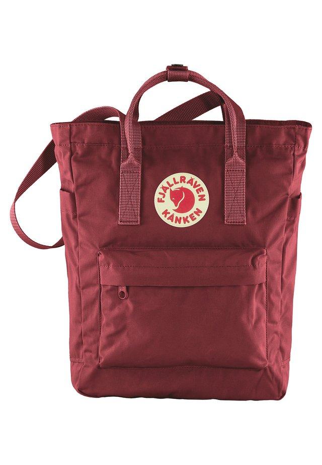 FJÄLLRÄVEN SCHULTERTASCHE KANKEN TOTEBAG 13 ZOLL POLYESTER 14 LI - Shopping bags - ox red [326]