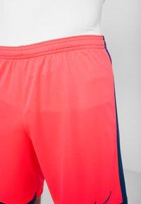Nike Performance - DRY ACADEMY SHORT  - Sports shorts - laser crimson/valerian blue - 3