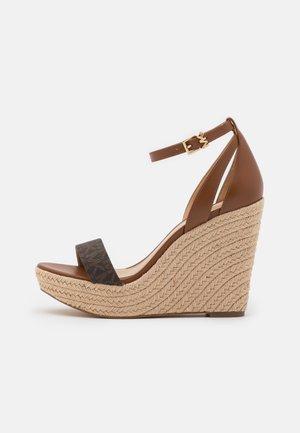 KIMBERLY WEDGE - High heeled sandals - brown/luggage