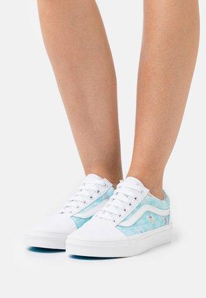 UA VANS X SPONGEBOB OLD SKOOL - Sneakers basse - white