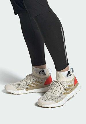 Zapatillas de trail running - white