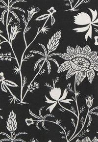 Scotch & Soda - SHORT SLEEVE TEE - Print T-shirt - black/white - 2