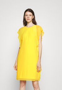Lauren Ralph Lauren - OLOKUN CAP SLEEVE DAY DRESS - Cocktail dress / Party dress - lemon rind - 0
