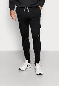 Only & Sons - ONSWF KENDRICK - Spodnie treningowe - black - 0