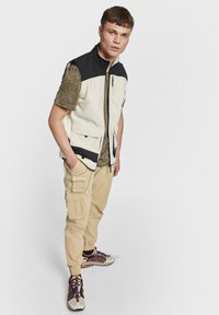 Redefined Rebel - MILTON - Cargo trousers - starfish - 1