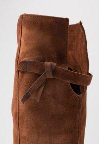 MJUS - Høye støvler - penny - 2