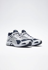 Reebok - QUICK CHASE - Sneakers - blue - 2