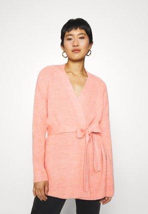 CHUNKY WRAP LONGLINE  - Cardigan - pink