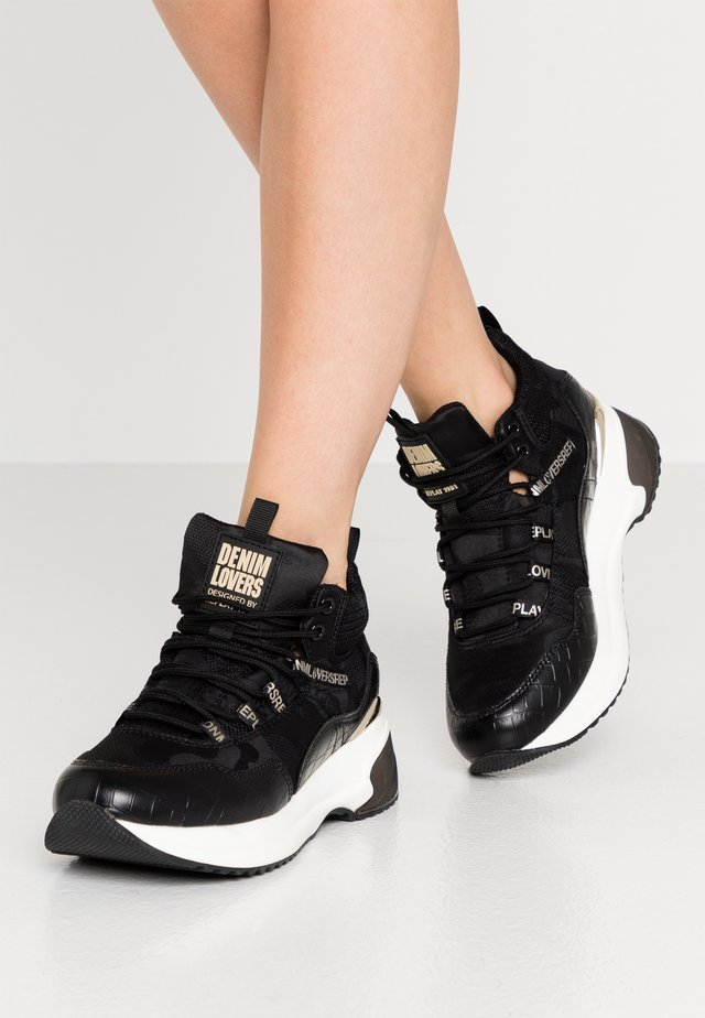 COMET RIBERS - Baskets montantes - black