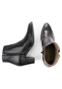 Eva Lopez - Classic ankle boots - black - 2