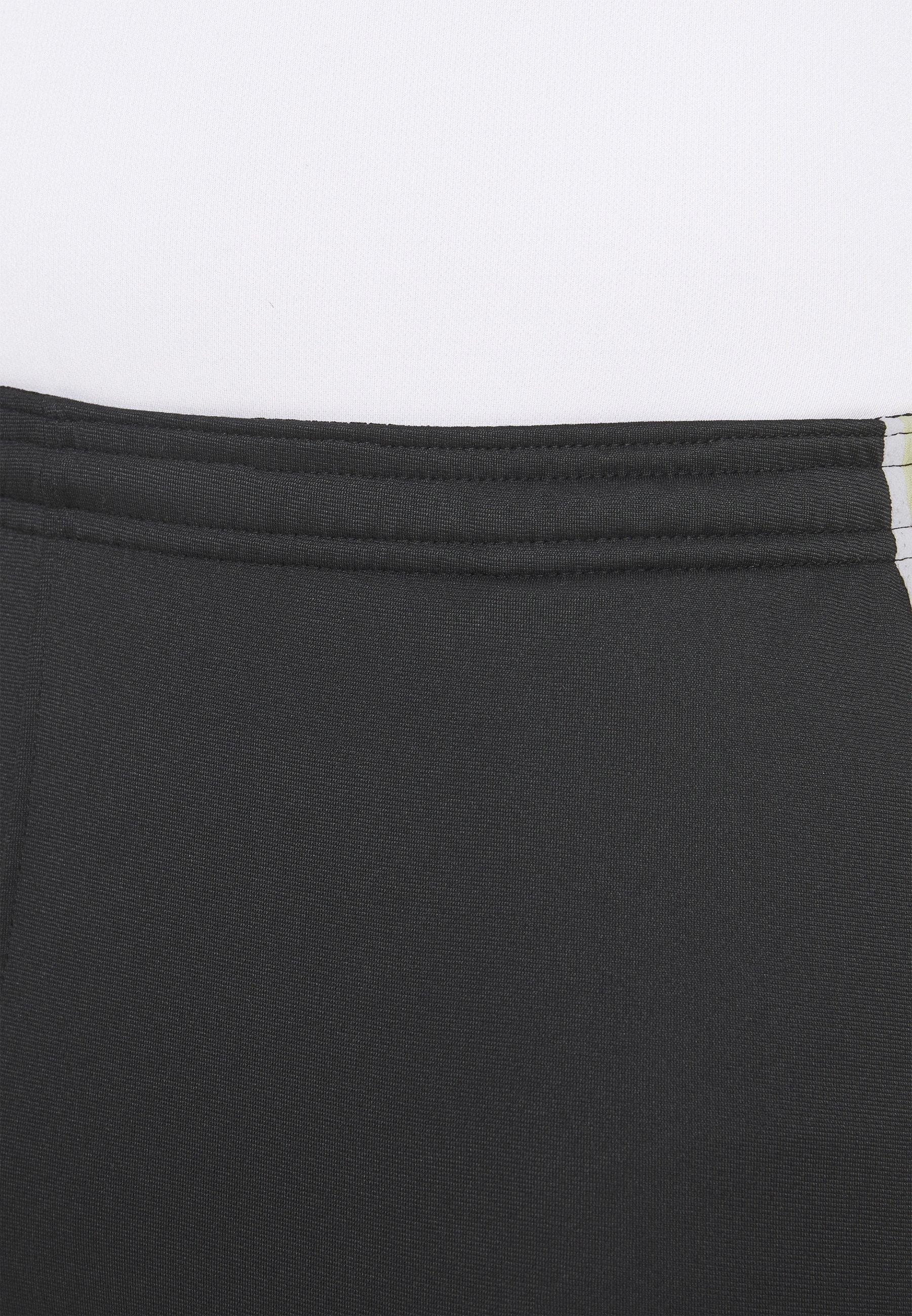 Men DRY SHORT - Sports shorts