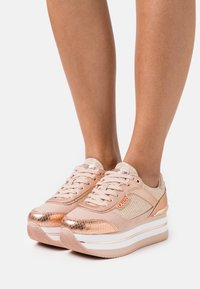 Guess - HANSIN - Trainers - blush - 0