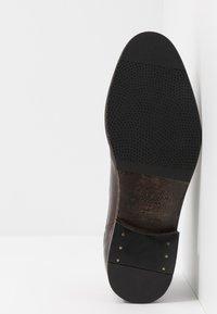 Hudson London - DORSAY - Lace-ups - brown washed - 4
