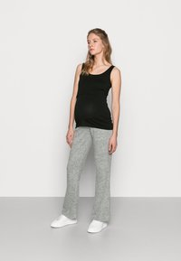 Pieces Maternity - PCMPAM FLARED PANT - Trousers - light grey melange - 1