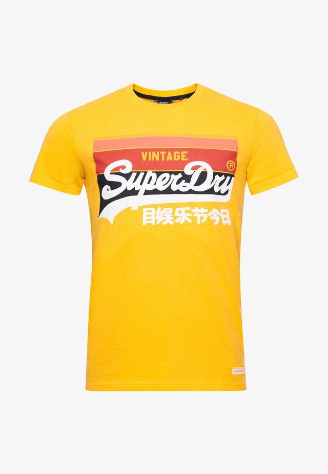 VINTAGE LOGO CALI - T-shirts print - utah gold