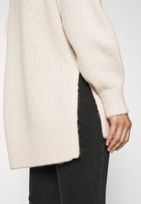 Marc O'Polo - LONGSLEEVE ROUND NECK - Pullover - off white - 3