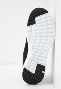 Skechers Wide Fit - WIDE FIT FLEX APPEAL 3.0 - Zapatillas - black/rose gold - 6