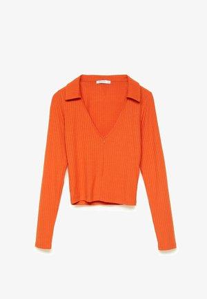 REISSVERSCHLUSS AM AUSSCHNITT - Polo shirt - orange