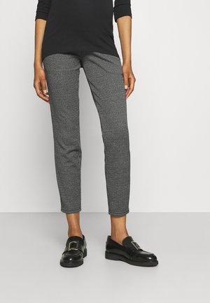 MLKATLA PANTS - Chino kalhoty - black/grey
