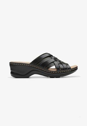 LEXI SELINA - Sandalias planas - black leather