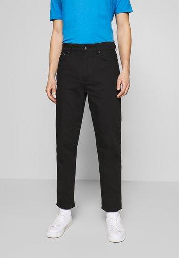 BEN STAY - Relaxed fit -farkut - black