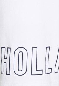 Hollister Co. - EXPLODED ICON - Shorts - white/black icon - 5