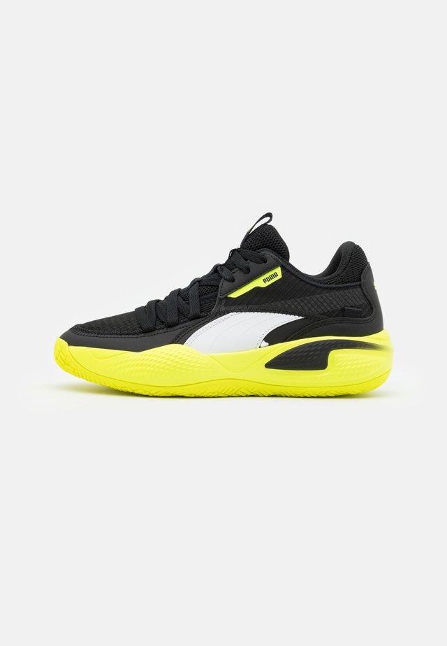 COURT RIDER JR UNISEX - Chaussures de basket - black/yellow alert