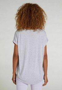 Oui - Print T-shirt - lt green grey - 2
