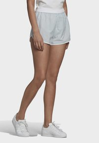adidas Originals - 3 STRIPES ADICOLORSHORTS - Shortsit - halo blue - 2