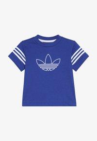 adidas Originals - OUTLINE TEE - T-shirt imprimé - royblu/white - 2