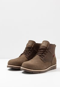 Levi's® - JAX - Lace-up ankle boots - dark brown - 2