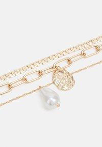 Pieces - PCACACIE COMBI NECKLACE - Necklace - gold color-coloured - 2