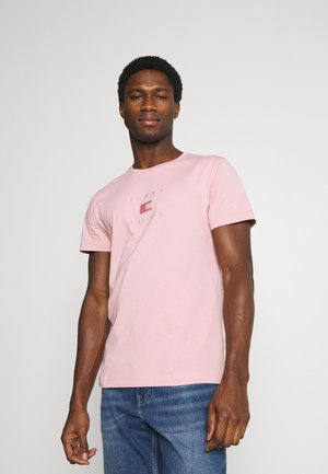 TONAL FLAG TEE - Print T-shirt - glacier pink