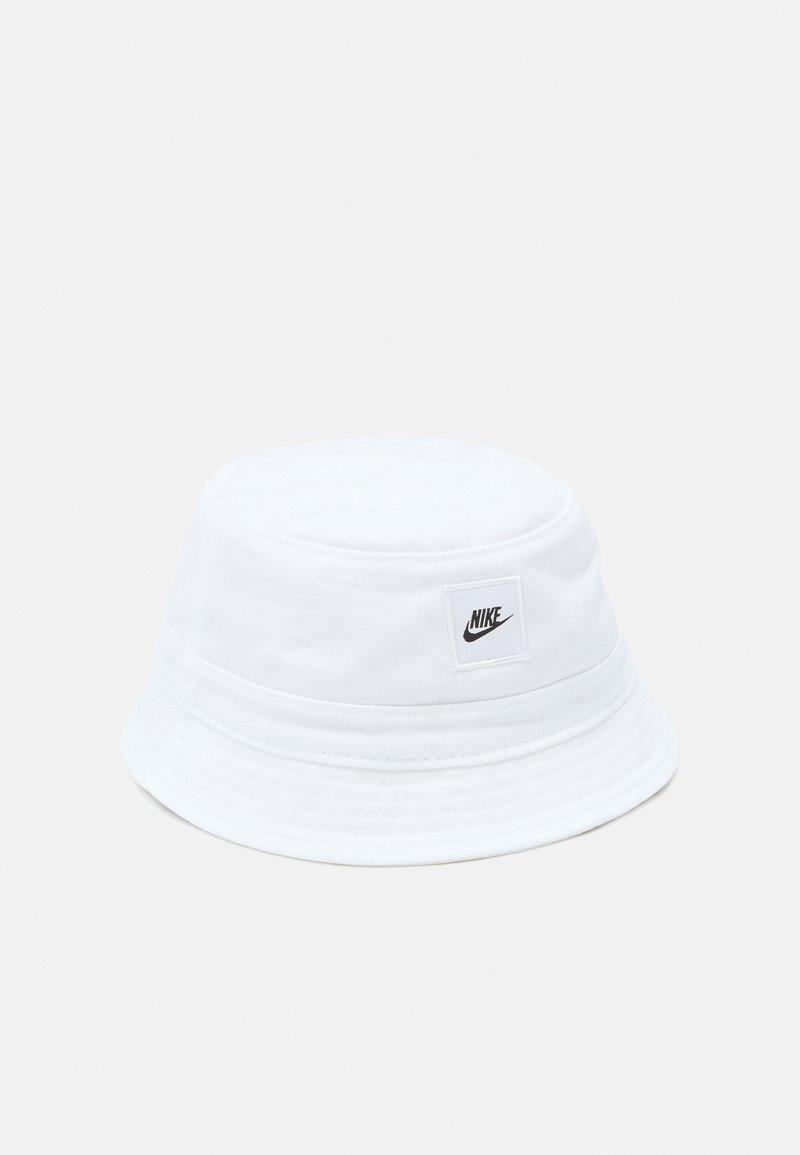 Nike Sportswear - CORE BUCKET HAT UNISEX - Hat - white