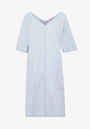 HEDDA - Denim dress - blau