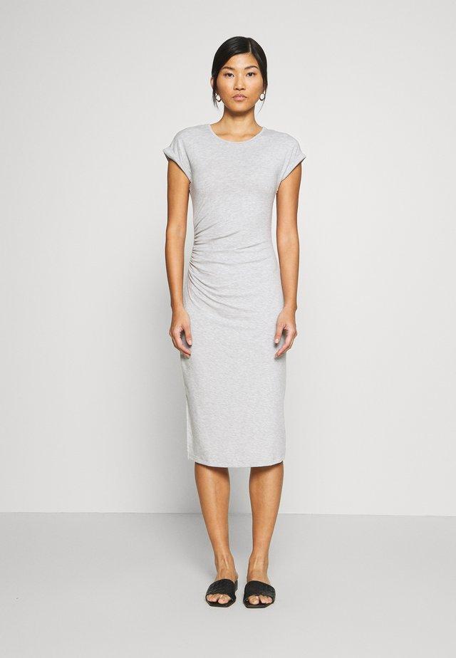 Sukienka etui - mottled grey
