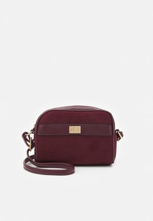 ERNEST MINI X BODY - Across body bag - dark burgundy