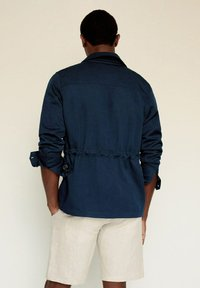Mango - MARTE - Giacca di jeans - dunkles marineblau - 2